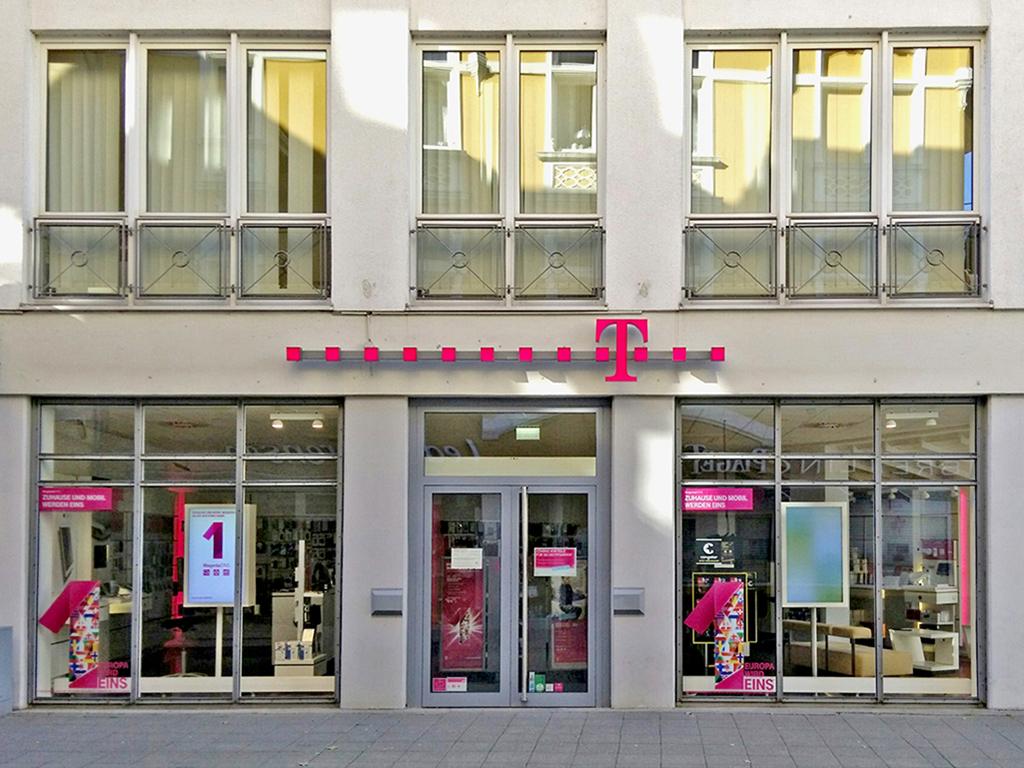 telekom shop herford in 32052 herford. Black Bedroom Furniture Sets. Home Design Ideas