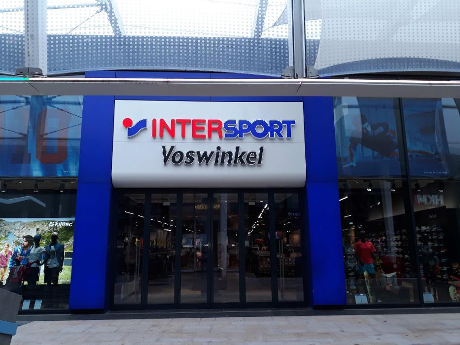 INTERSPORT Voswinkel Ruhrpark, Am Einkaufszentrum in Bochum