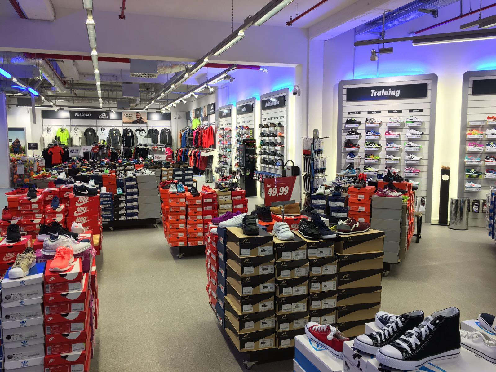 INTERSPORT Voswinkel Elbe Einkaufszentrum