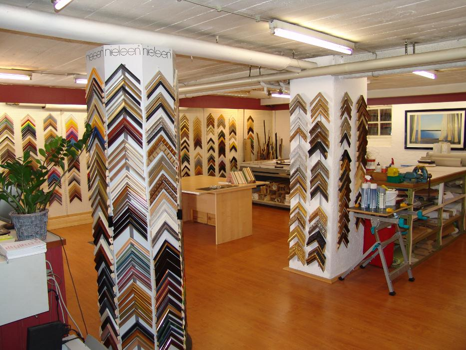 werkstatt f r restaurierung m bel holzobjekte m nchen waldperlacher stra e 69. Black Bedroom Furniture Sets. Home Design Ideas