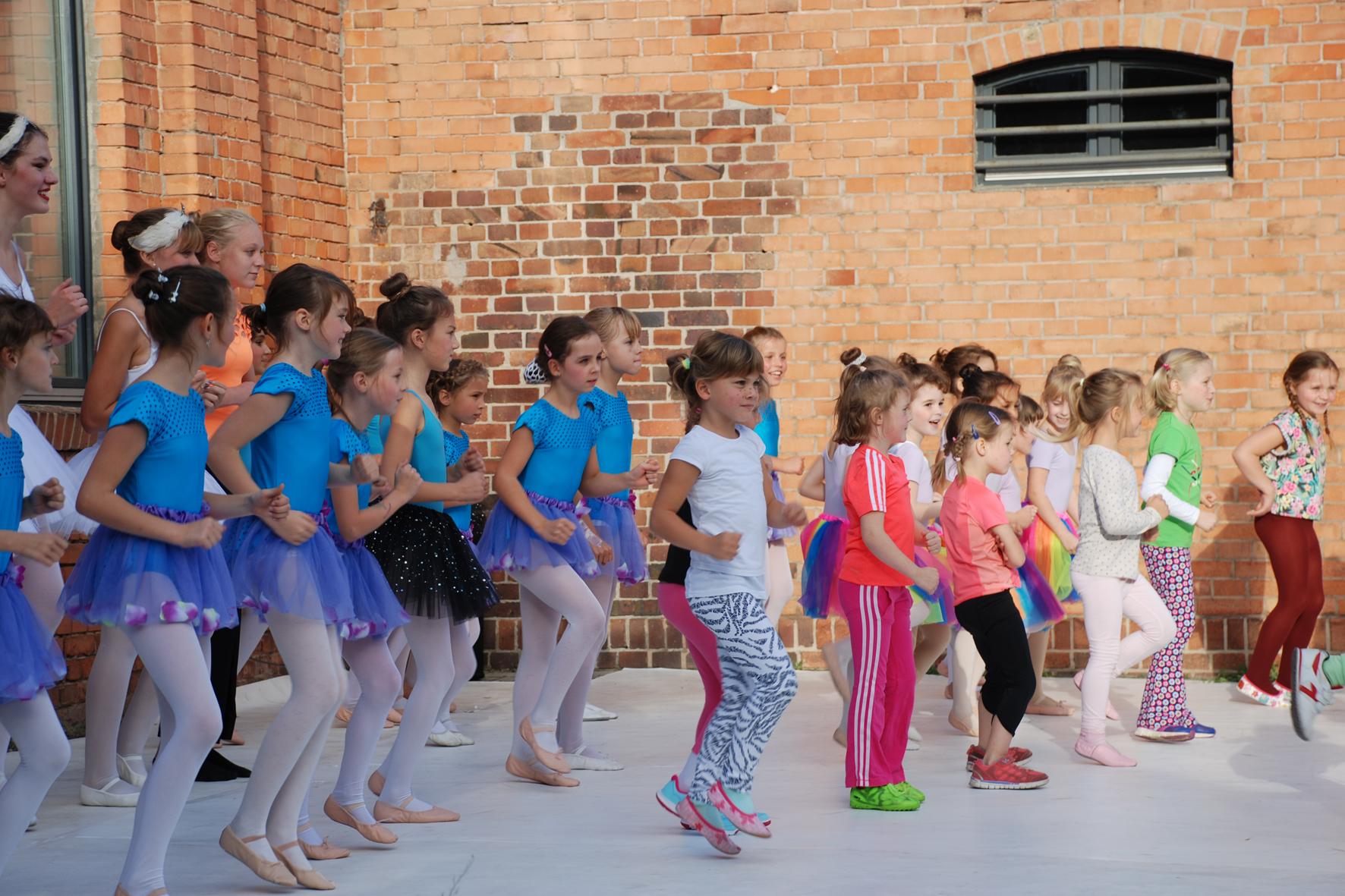Ballett- & Tanzschule Sylvia Hadrich