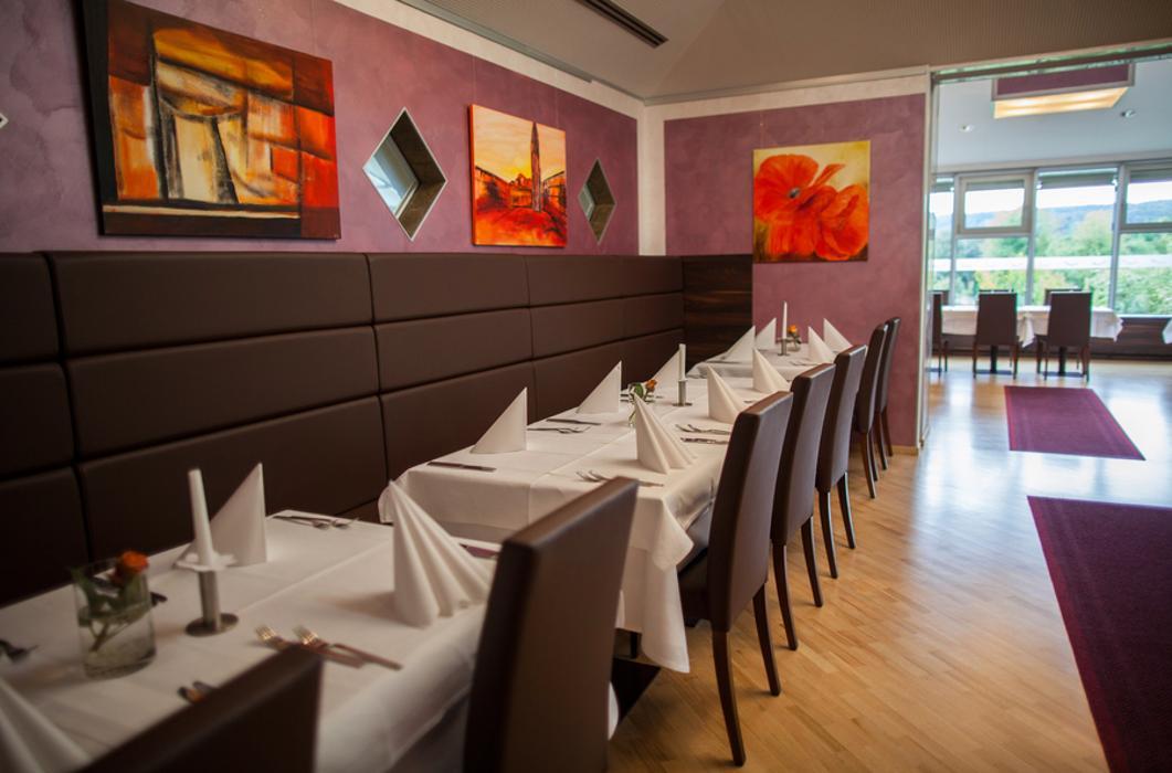 restaurant corfu palace leonberg leonberg r merstra e 110 ffnungszeiten angebote. Black Bedroom Furniture Sets. Home Design Ideas