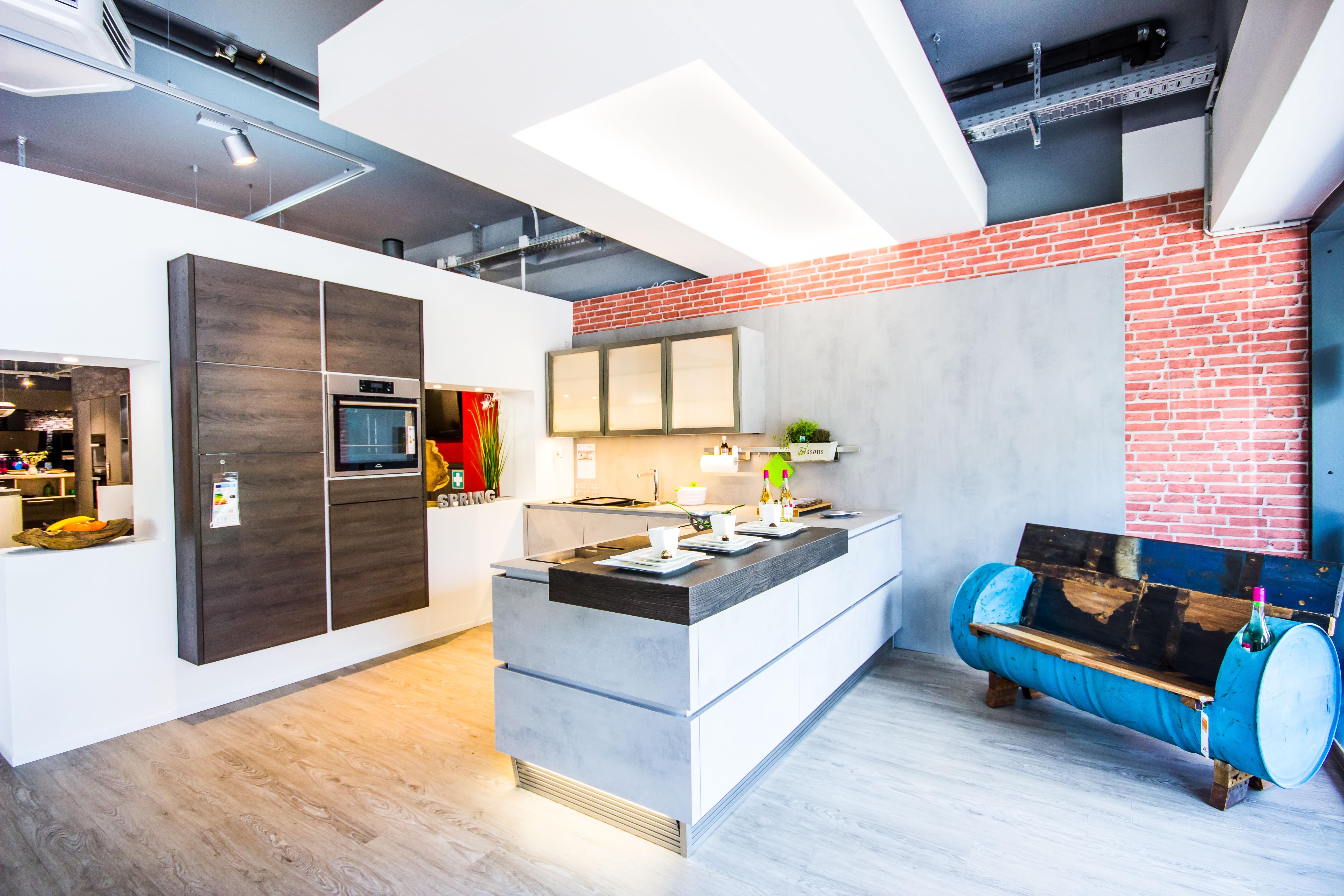 k che co hamburg rahlstedt in 22143 hamburg. Black Bedroom Furniture Sets. Home Design Ideas
