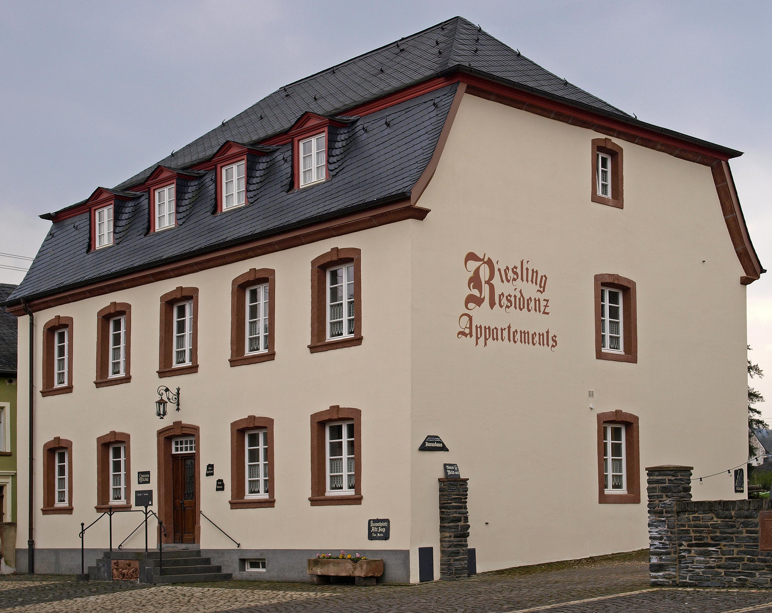Alte Burg Longuich In Longuich Branchenbuch Deutschland