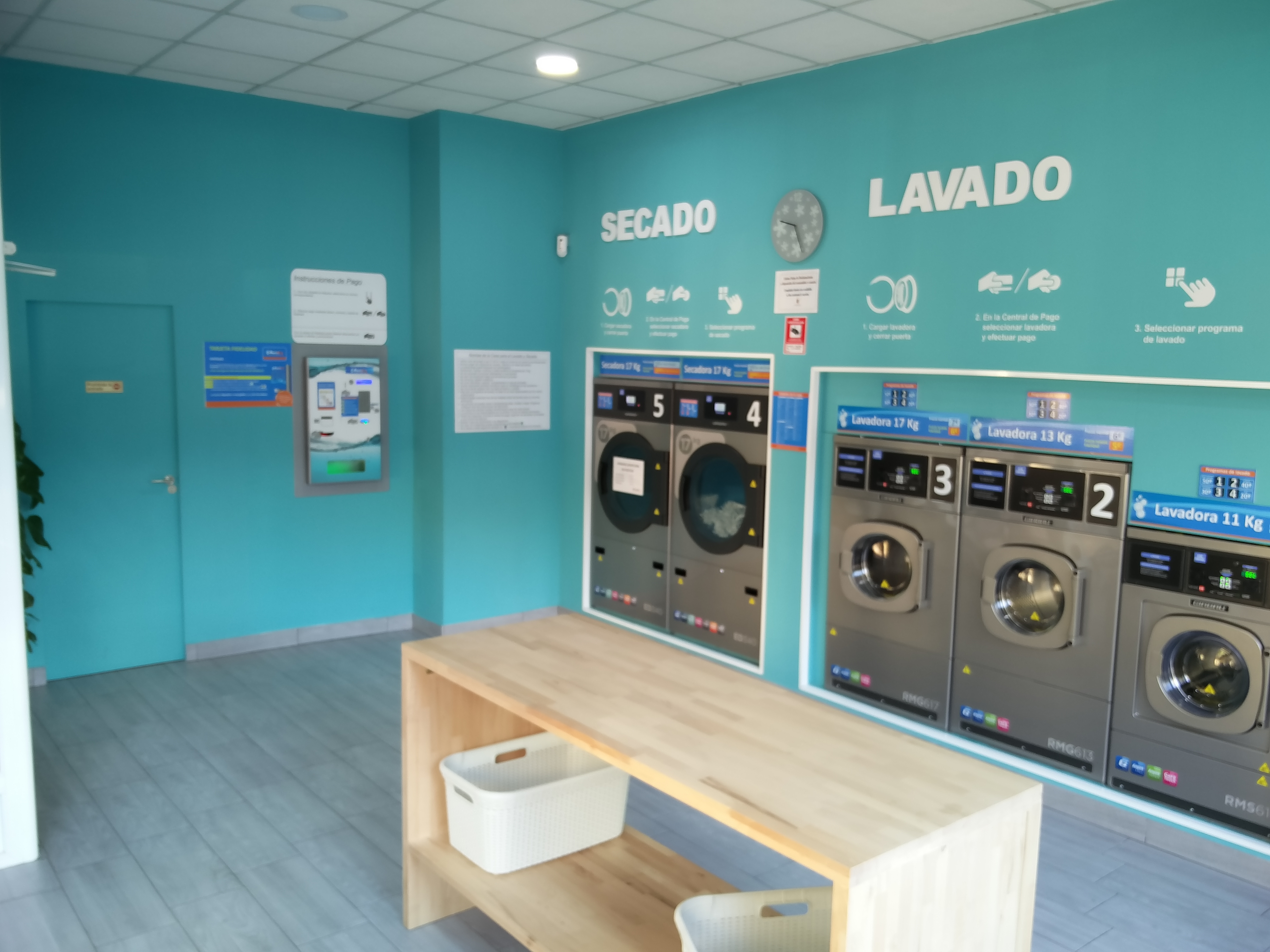 Lavandería Autoservicio Aquadry