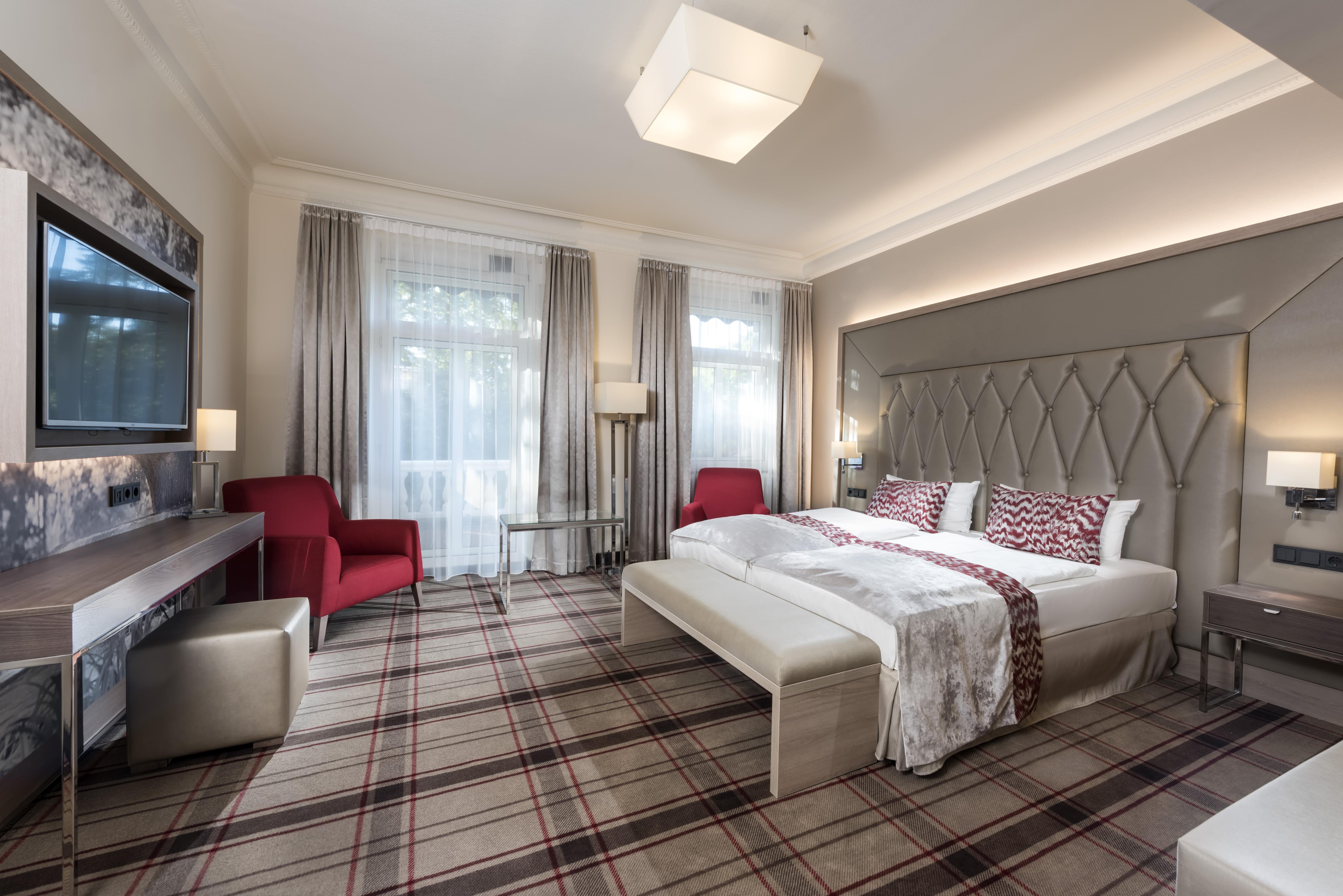 Radisson blu badischer hof hotel hotels hotels for Zimmer hotel