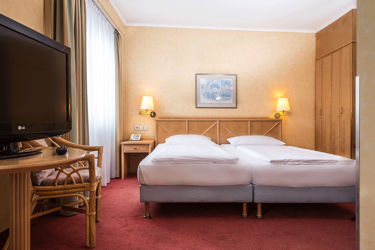 Tryp By Wyndham Koeln City Centre Hotels Hotels