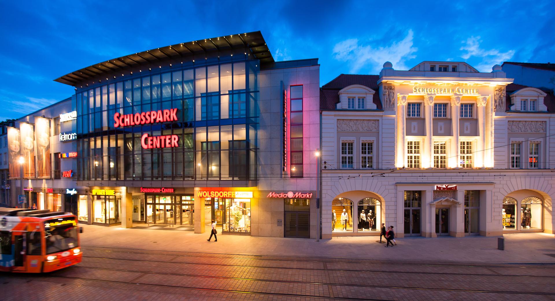 Schlosspark Center Schwerin Parkhaus