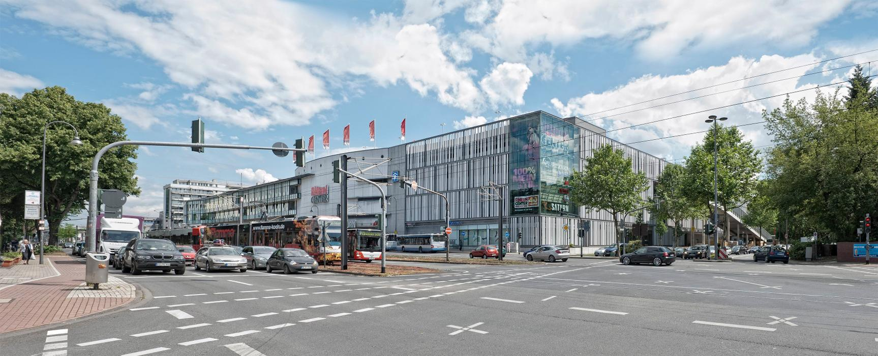 Rhein-Center Köln, Aachener Straße in Köln