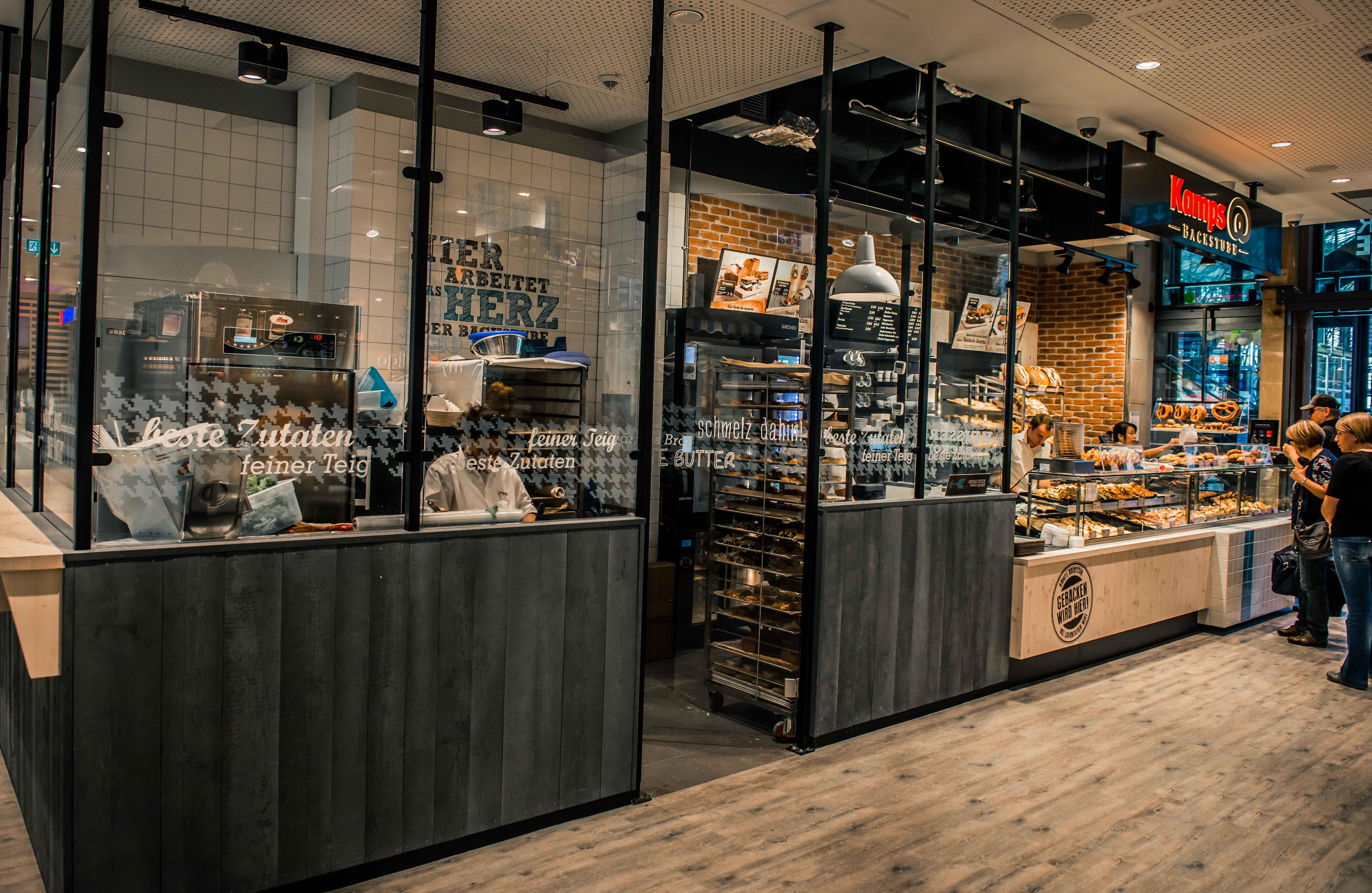 bars piano bars schenken pubs und cybercafes in frankfurt am main ihre suche ergab 191. Black Bedroom Furniture Sets. Home Design Ideas