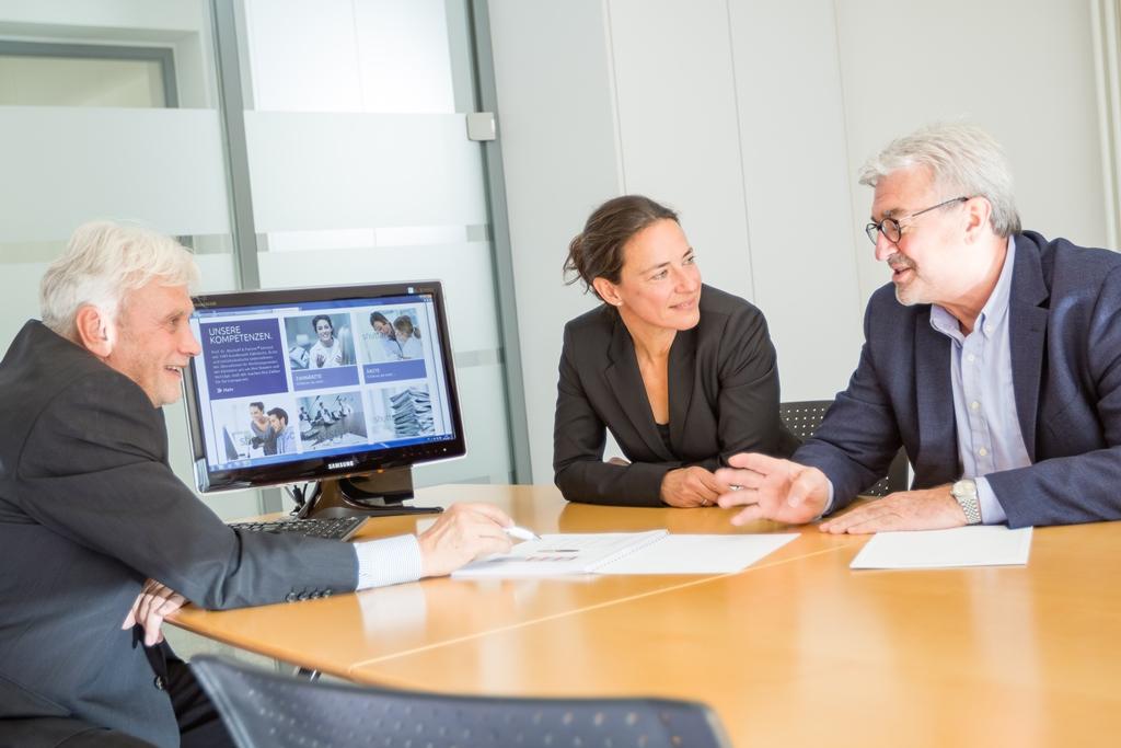 Prof. Dr. Bischoff & Partner Steuerberater, Rechtsanwälte, vereid. Buchprüfer