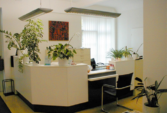 schilling j rg dr med in 10317 berlin telefonnummer und bewertungen. Black Bedroom Furniture Sets. Home Design Ideas