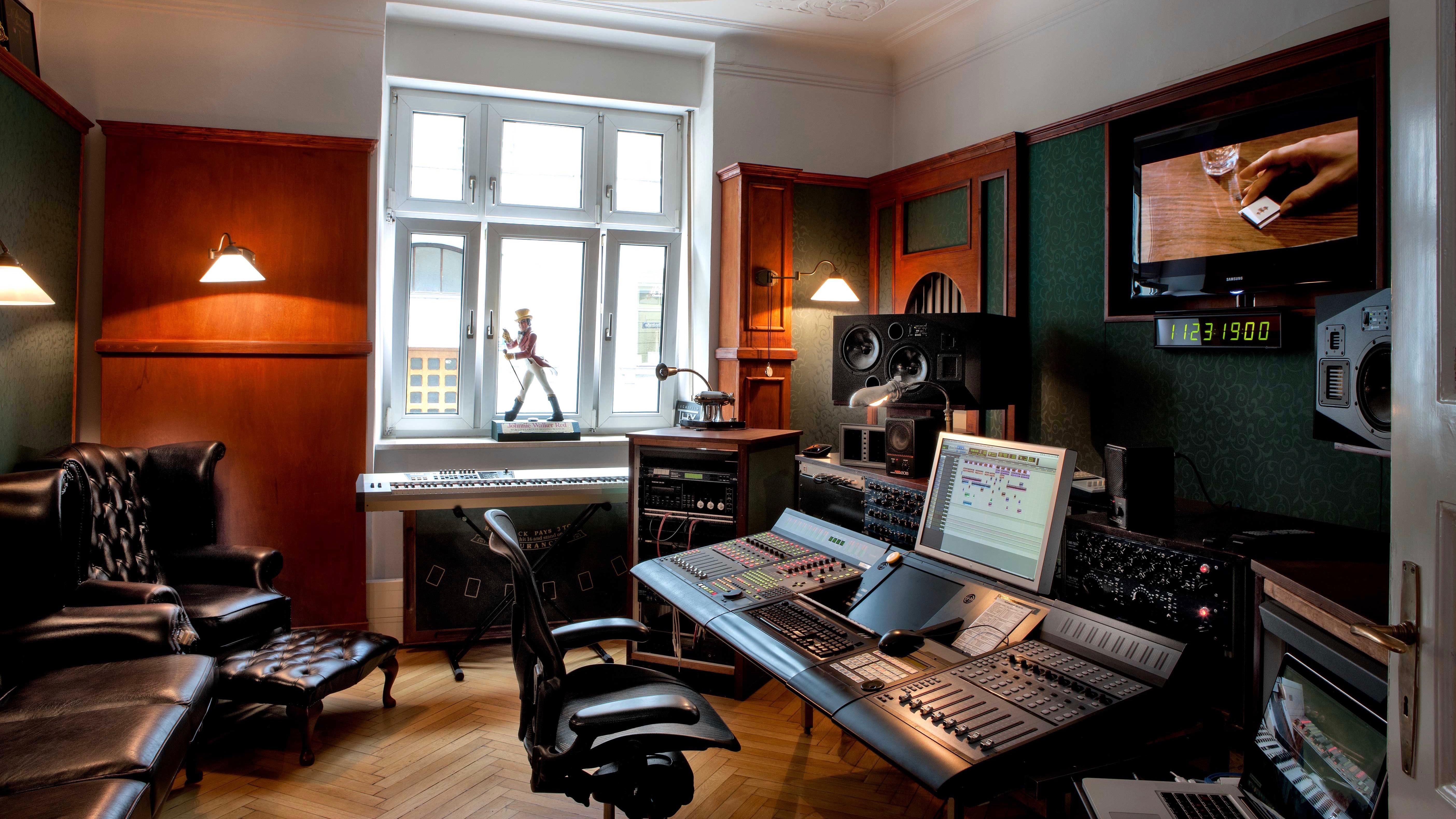 NEUE WESTPARK STUDIOS Tonstudio München, Sprachaufnahmen, Radiowerbung