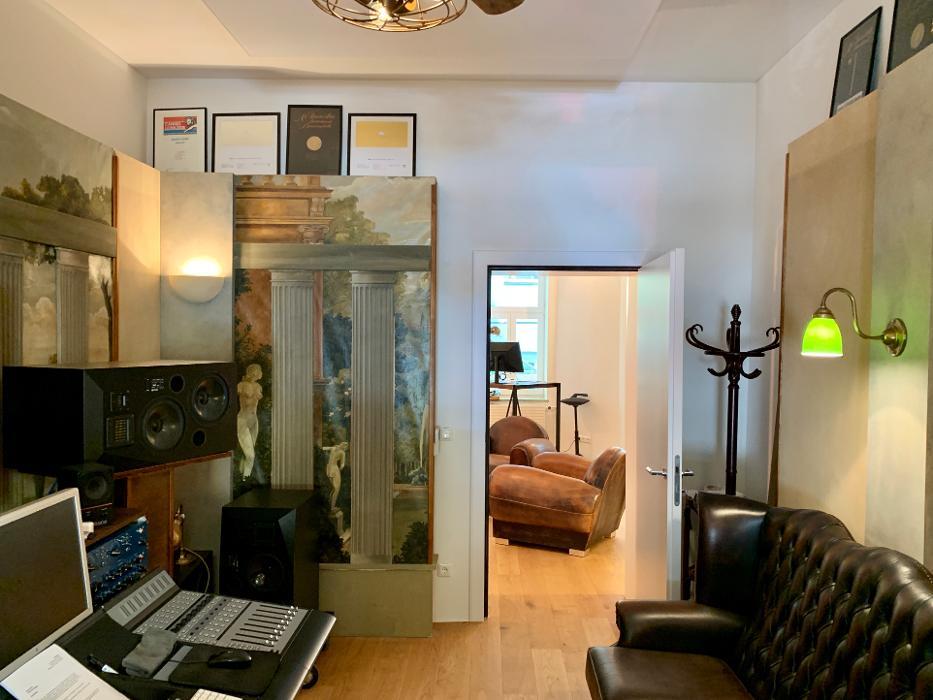 abclocal.alt.text.photo.1 NEUE WESTPARK STUDIOS Tonstudio München, Sprachaufnahmen, Radiowerbung abclocal.alt.text.photo.2 München