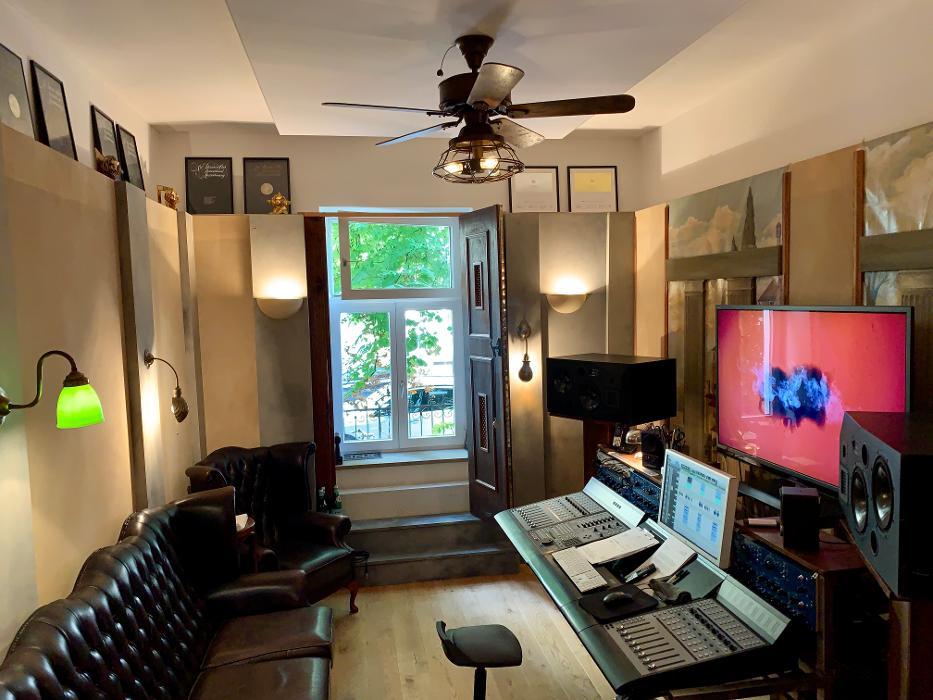 abclocal - discover about NEUE WESTPARK STUDIOS Tonstudio München, Sprachaufnahmen, Radiowerbung in München