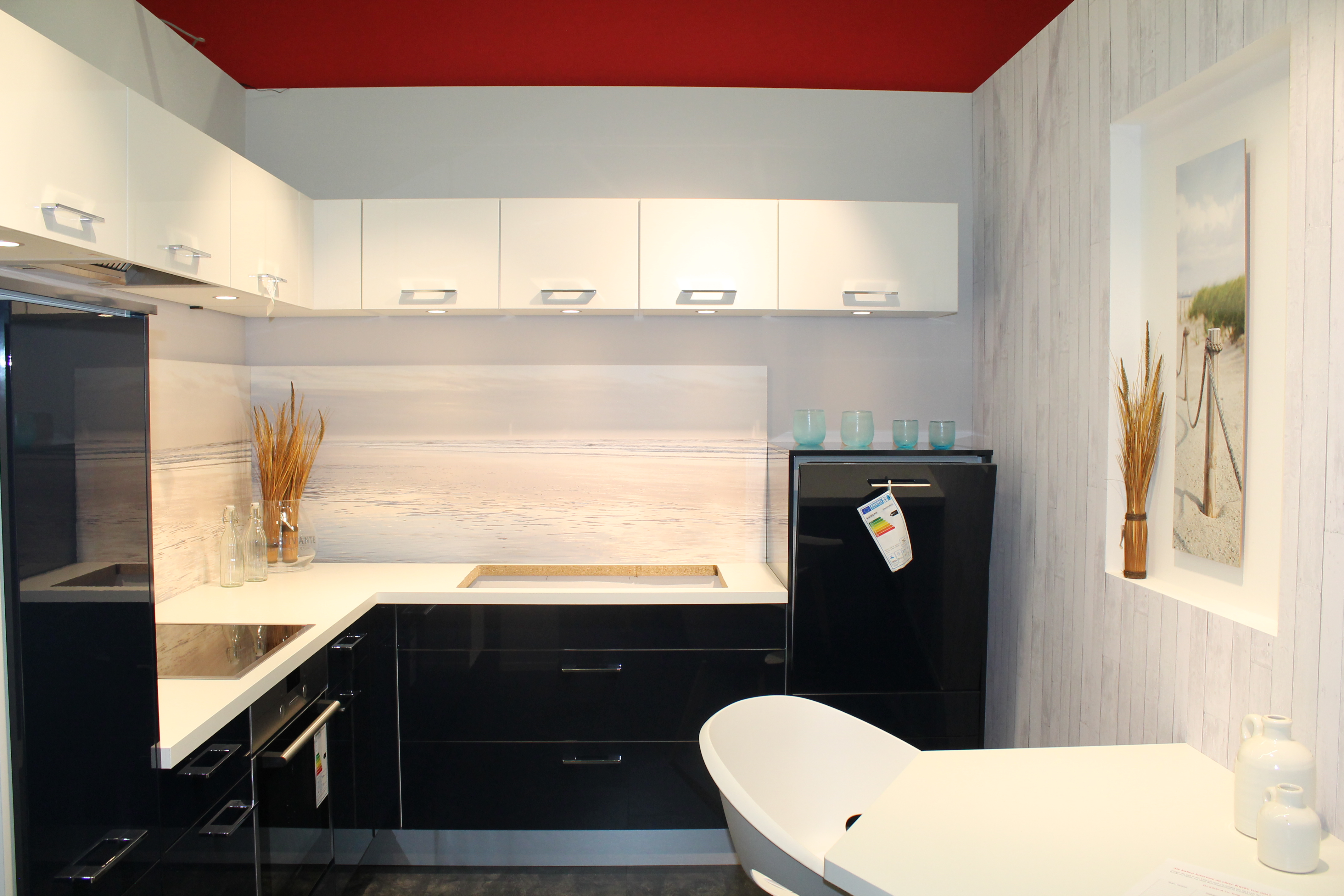 industrielle fertigung und auslieferung in gosen neu zittau infobel deutschland. Black Bedroom Furniture Sets. Home Design Ideas