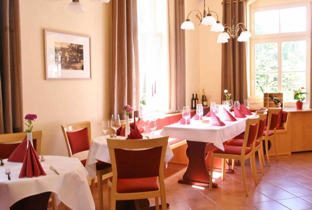 abclocal - discover about Hotel Restaurant Alttolkewitzer Hof in Dresden