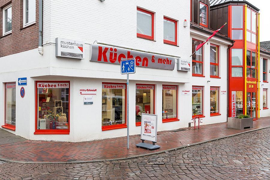 haus garten k chen in neustadt in holstein infobel deutschland. Black Bedroom Furniture Sets. Home Design Ideas