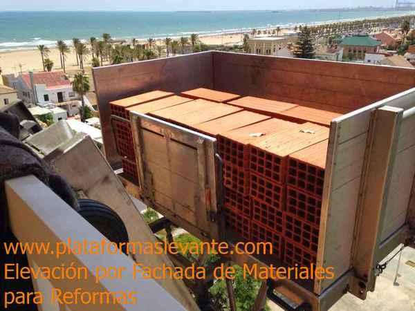 Plataformas Levante - Elevación por fachada de Materiales, Mobiliario y Grúas para Mudanzas