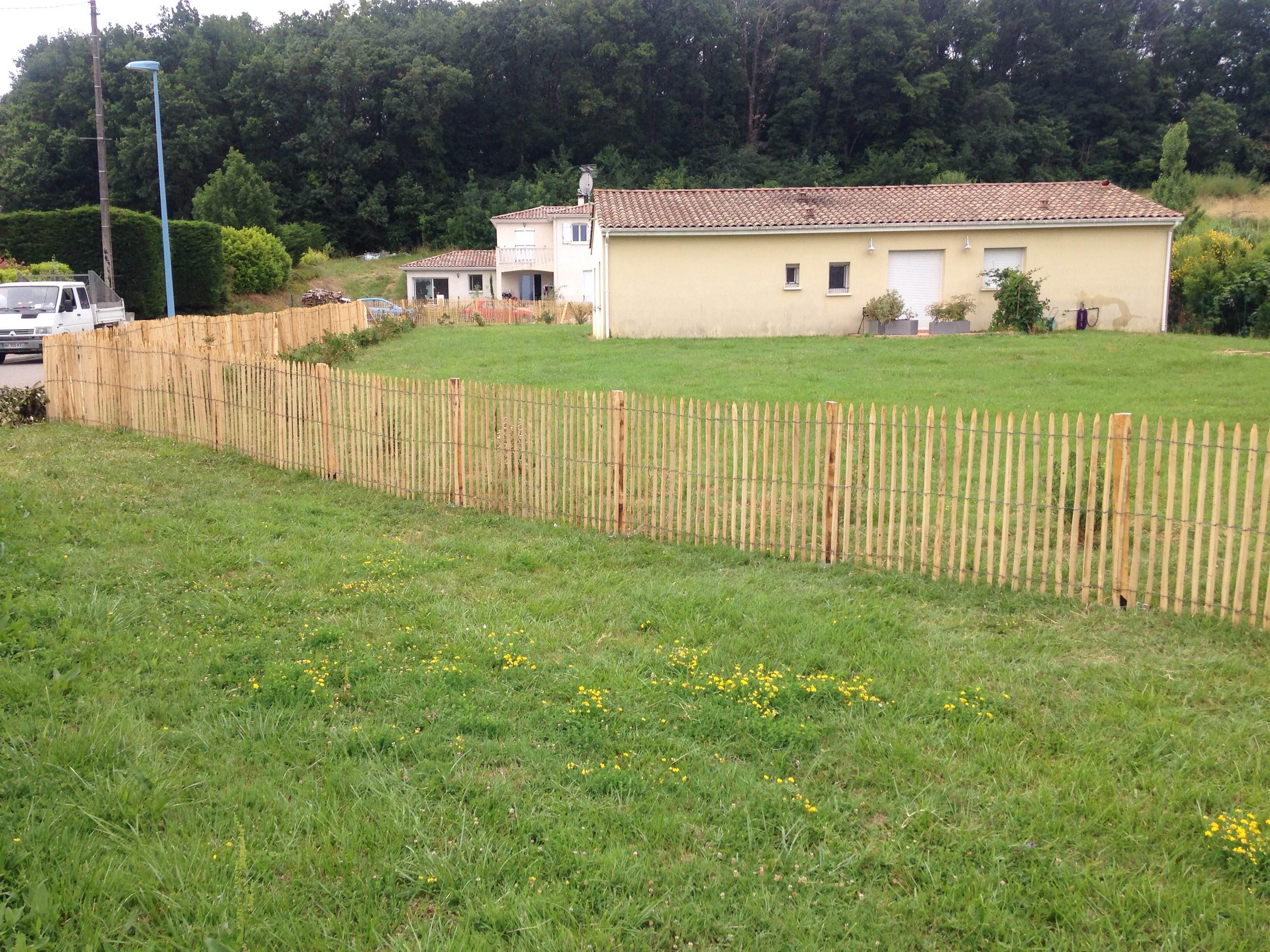 Jardins pelouses agen infobel france for Entretien jardin handicapes