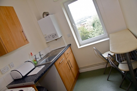 Step One NW Ltd - Hostels Liverpool 01512 634663