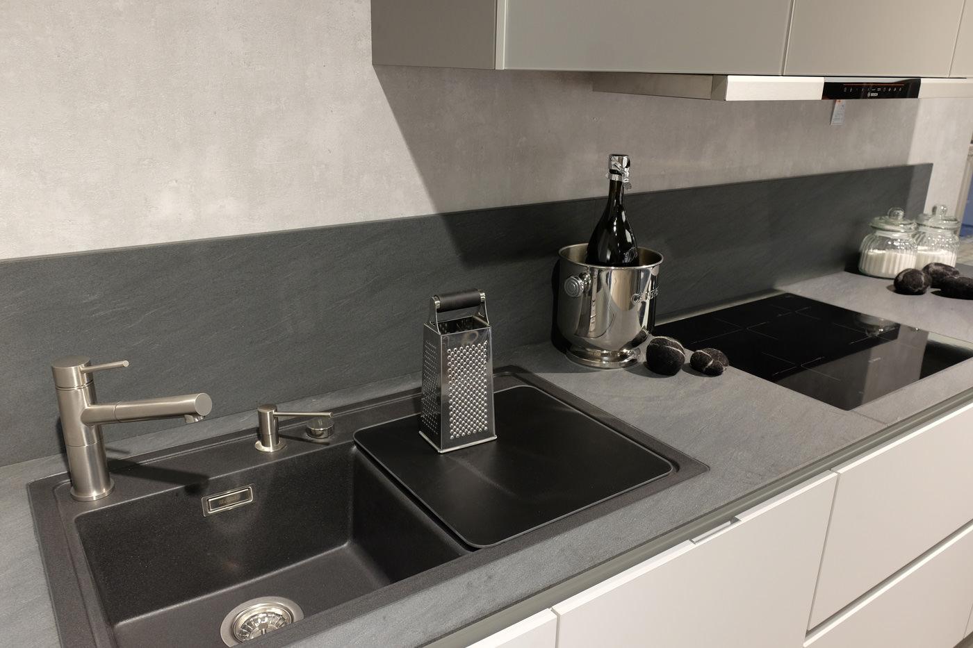 reddy k chen m lheim k rlich k chenm belherstellung m lheim k rlich deutschland tel. Black Bedroom Furniture Sets. Home Design Ideas