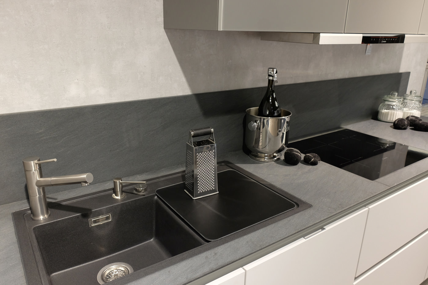 haus garten k chen in mulheim karlich infobel deutschland. Black Bedroom Furniture Sets. Home Design Ideas