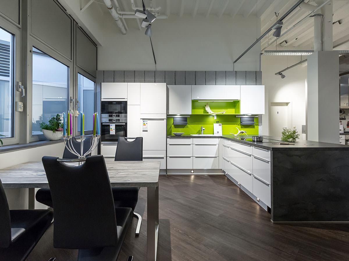haus garten k chen in hildesheim infobel deutschland. Black Bedroom Furniture Sets. Home Design Ideas