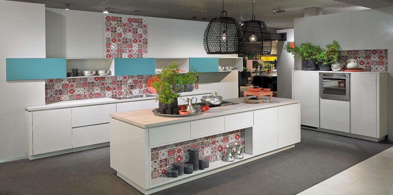 haus garten k chen in trier infobel deutschland. Black Bedroom Furniture Sets. Home Design Ideas
