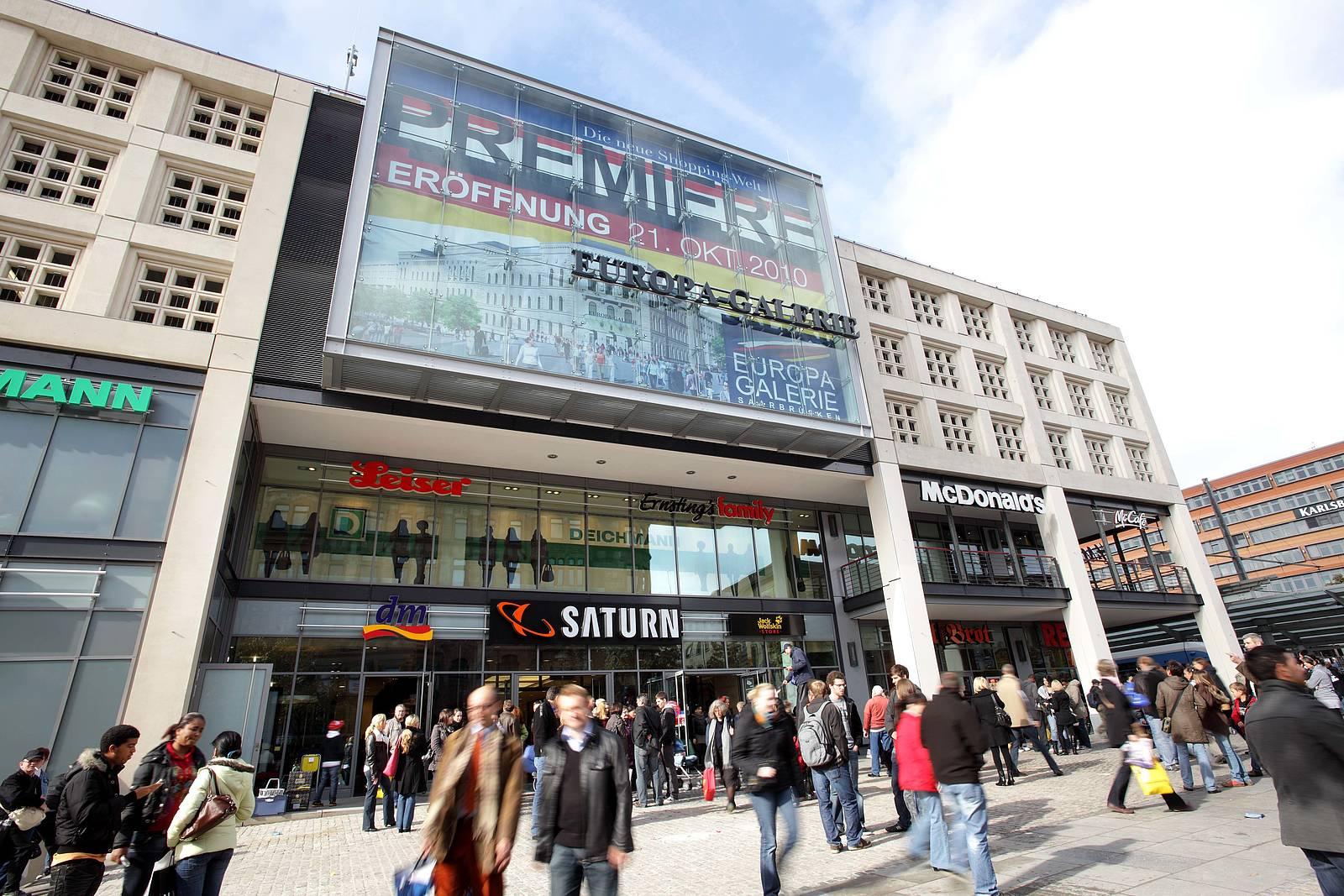 Europa Galerie Saarbrucken Centre Comerciale Si Mari Magazine In Saarbrucken Adresă Orar Recenzii Tel 06817559 Infobel