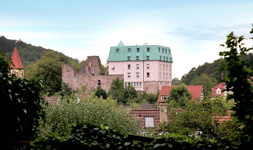 DJH Jugendherberge Burg Rabeneck Pforzheim