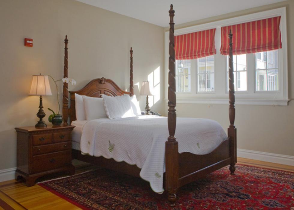 Pelham Court Hotel - Newport, RI