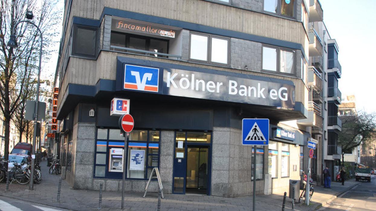 volksbank k ln bonn eg filiale chlodwigplatz k ln im ferkulum 4 ffnungszeiten angebote. Black Bedroom Furniture Sets. Home Design Ideas
