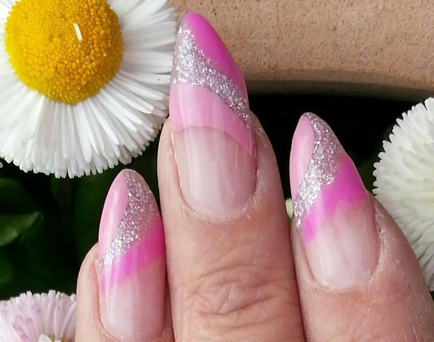 Bild zu Fingernagelkunststudio in Marl