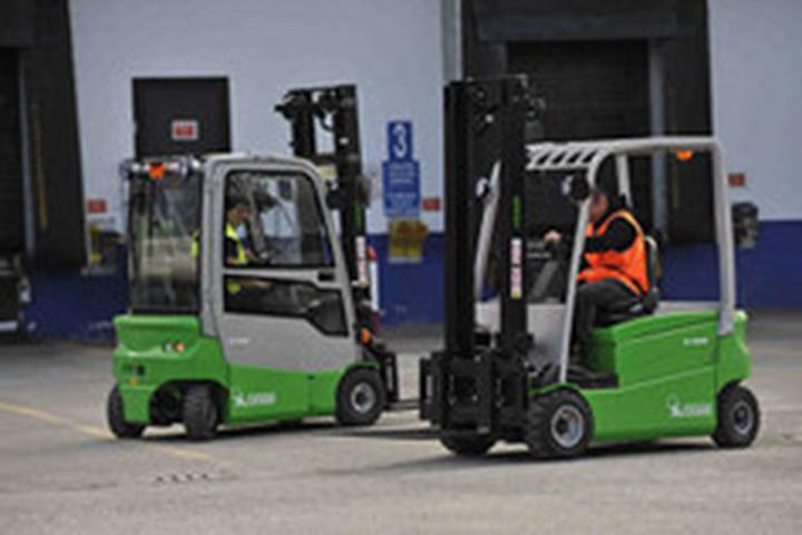 STT Vermietung u. Service GmbH
