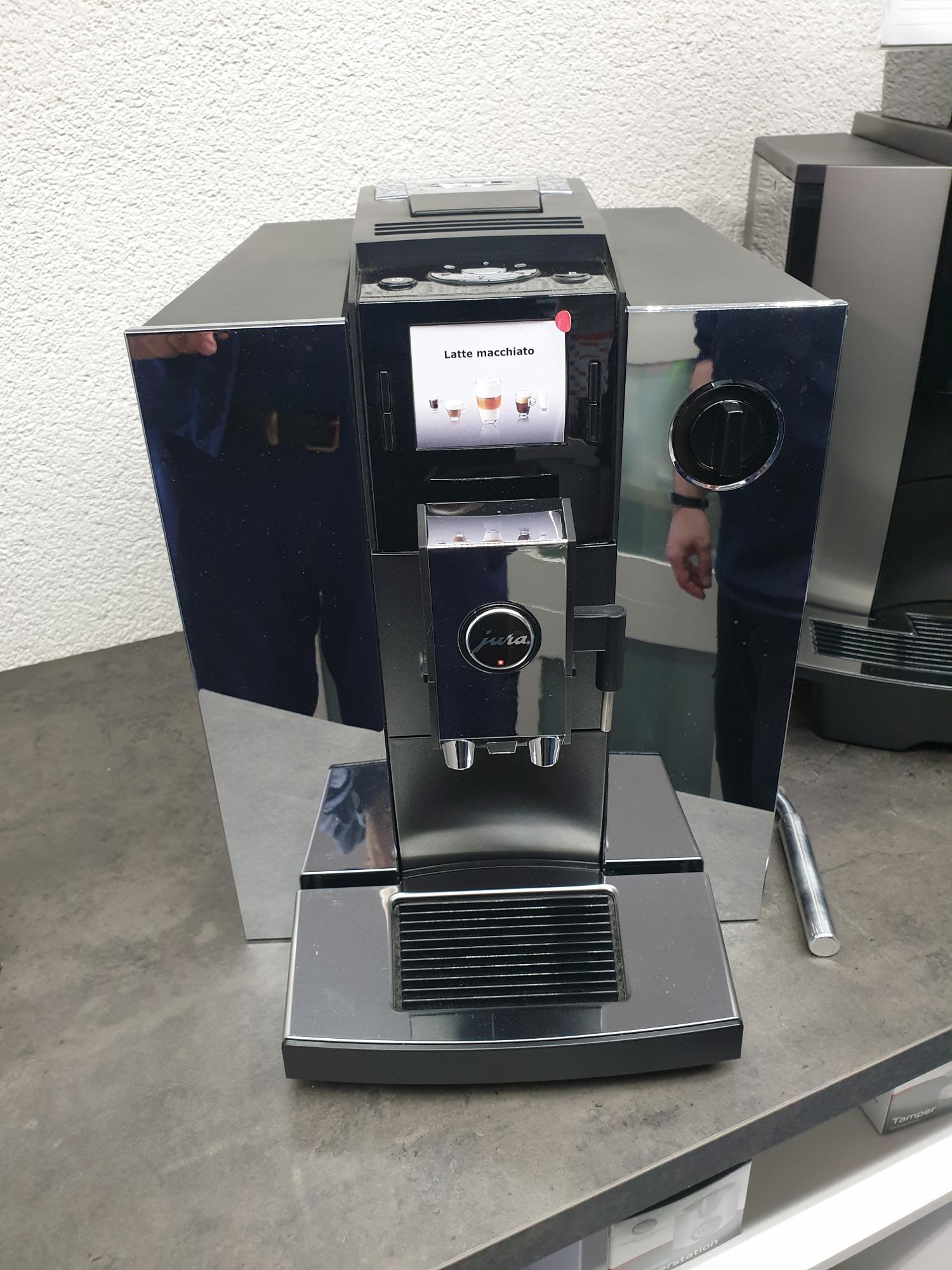 Becker GmbH | Hausgeräte, Kaffeeautomaten & Siebträger