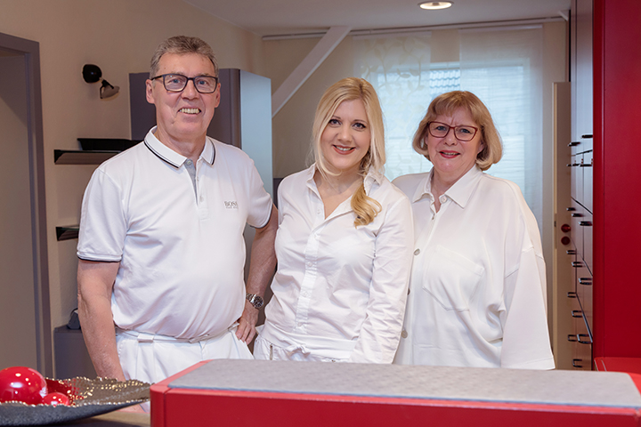Dres. med. Manfred Ziegler, Jutta Ziegler & Sonja Mehnert