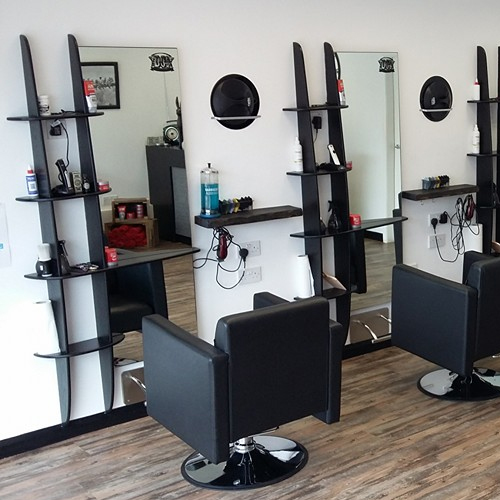 DC's Barbers & Shave Room