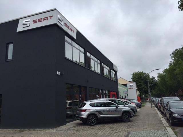 autohaus burnicki gmbh agenten vertreter und verk ufer von autos berlin deutschland tel. Black Bedroom Furniture Sets. Home Design Ideas