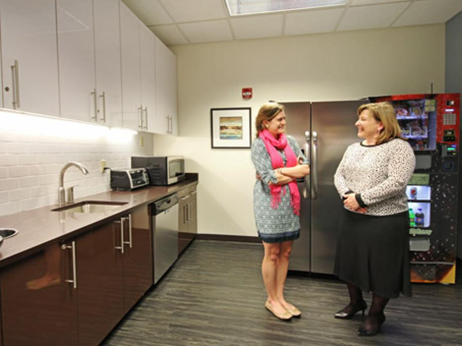 Regus - North Carolina, Cary - Regency (Office Suites Plus) - Cary, NC