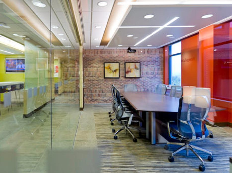 Regus - North Carolina, Asheville - Biltmore Park Town Square - Asheville, NC