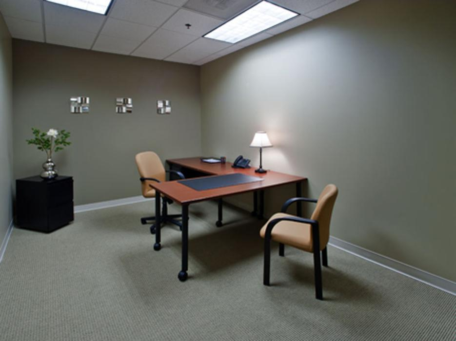 Regus - Georgia, Lawrenceville - Huntcrest (Office Suites Plus) - Lawrenceville, GA