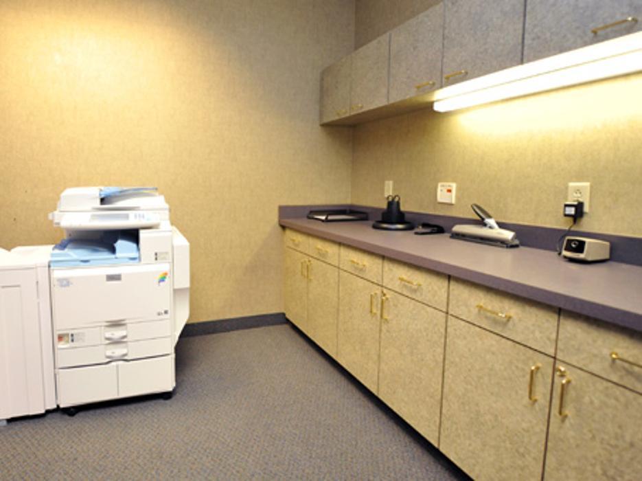 Regus - North Carolina, Charlotte - Tyvola (Office Suites Plus) - Charlotte, NC