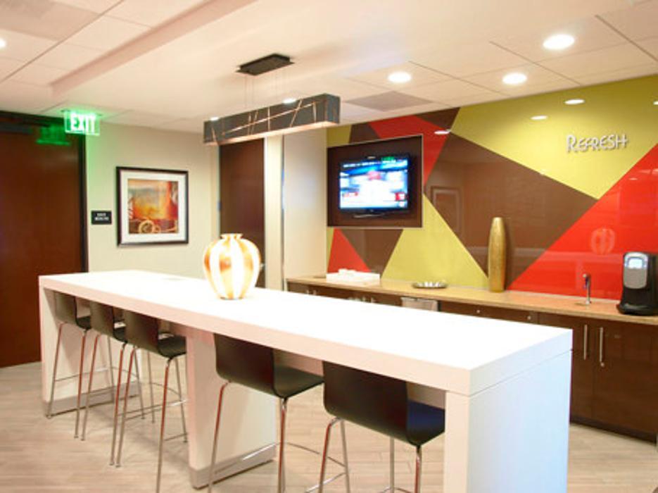 Regus - California, Orange - Orange Executive Tower - Orange, CA