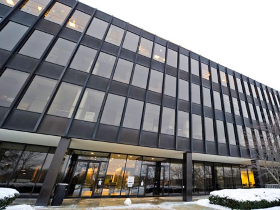 Regus - Wisconsin, Brookfield - Brookfield Square - Brookfield, WI