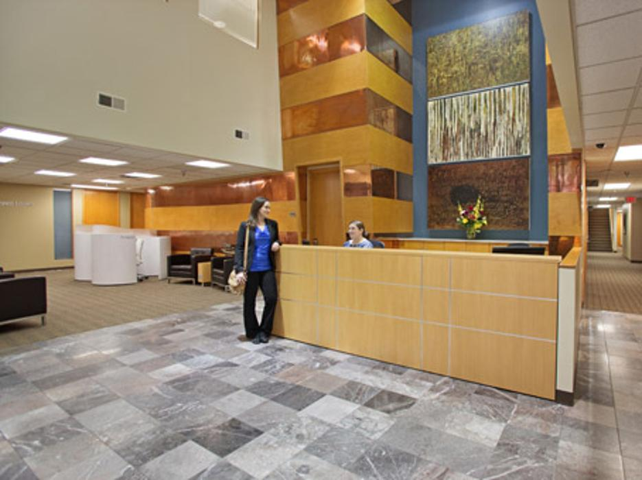 Regus - Iowa, Johnston - Des Moines - Foxboro Square - Johnston, IA
