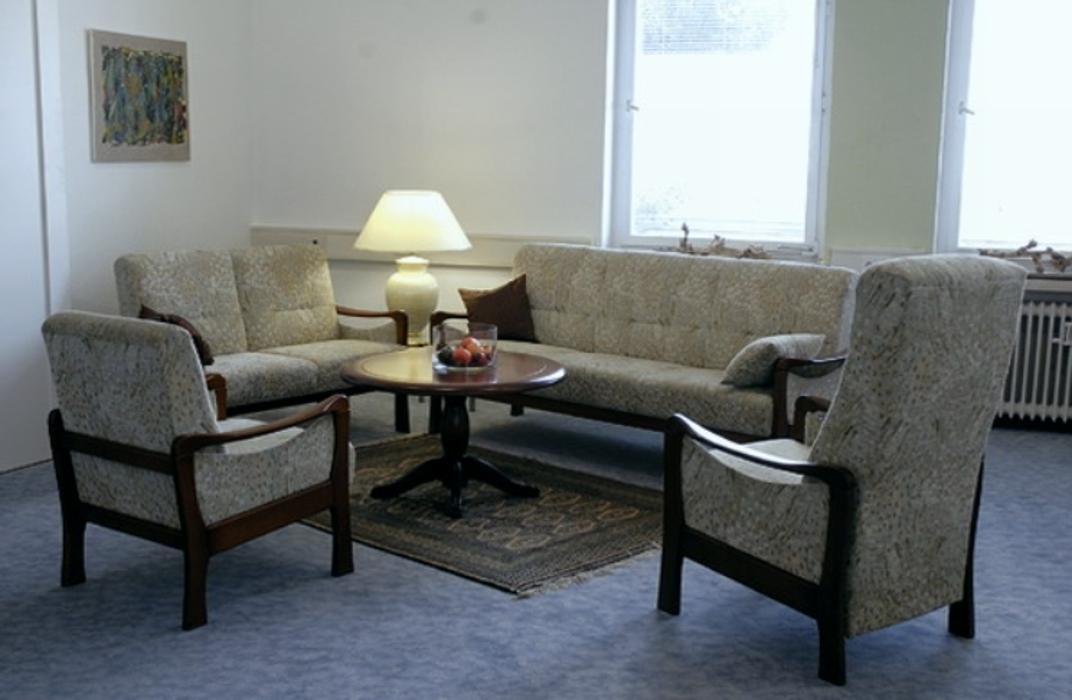 comfort die polsterm bel gmbh co kg stuttgart motorstra e 26 ffnungszeiten angebote. Black Bedroom Furniture Sets. Home Design Ideas