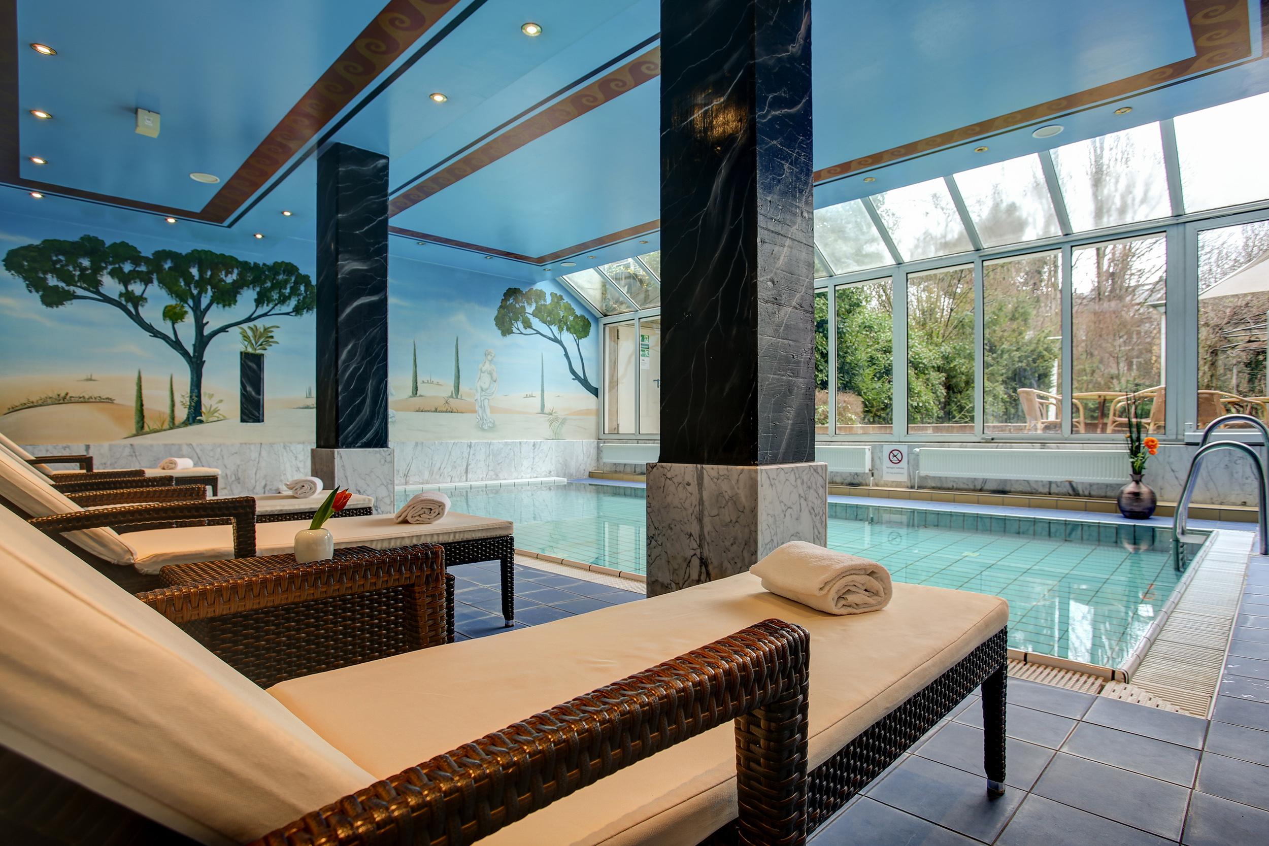 hotel in bonn bonn hotel. Black Bedroom Furniture Sets. Home Design Ideas