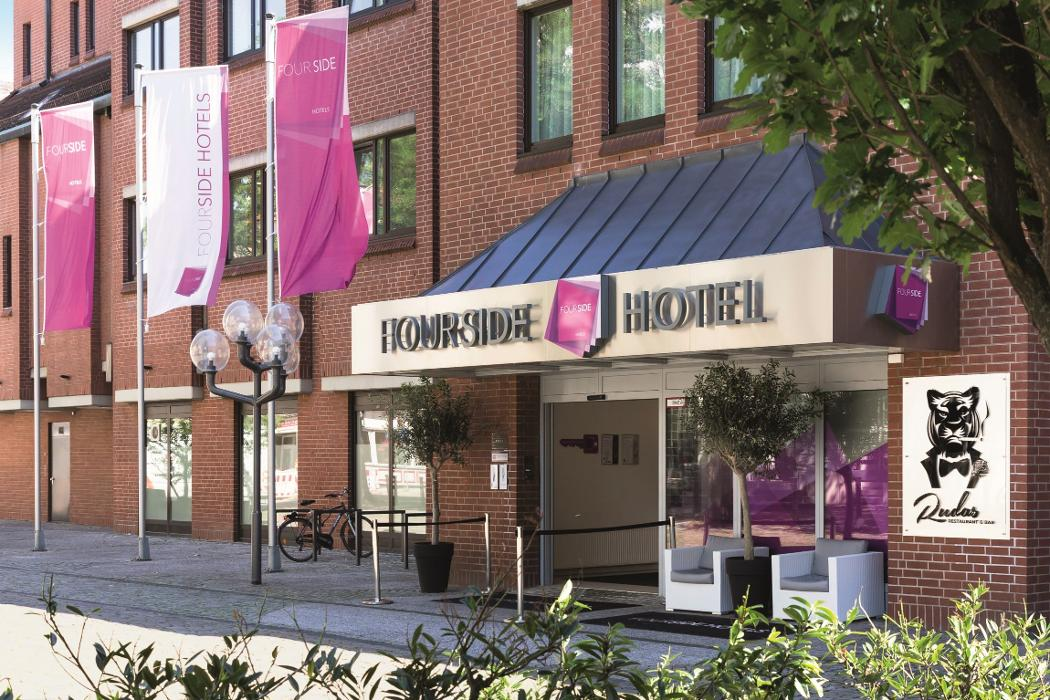 fourside hotel braunschweig braunschweig j ddenstra e 3 ffnungszeiten angebote. Black Bedroom Furniture Sets. Home Design Ideas