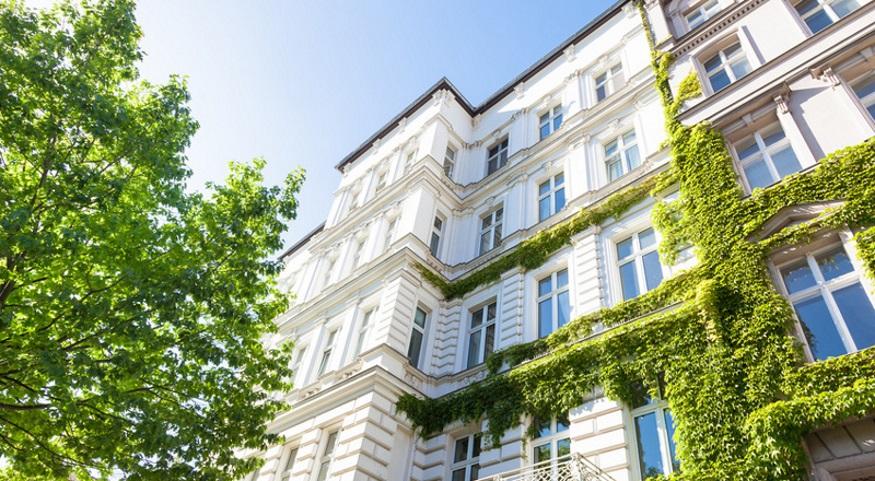 Alexander Rozenski Immobilien, Hausverwaltung